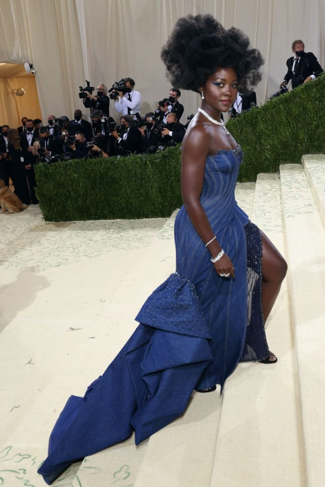Kenyan Lupita dazzles in a jaw dropping Versace Jeans Couture gown at 2021 Met Gala. (Facebook)